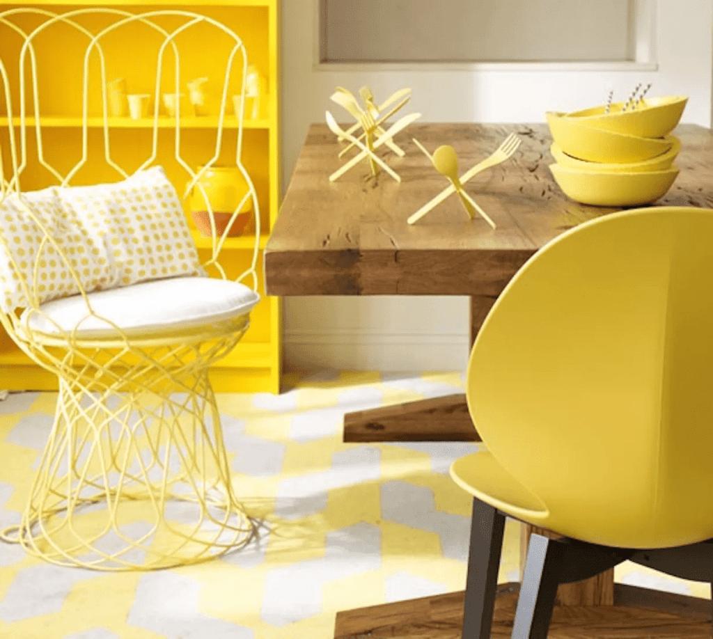 Màu vàng: Nắng, phát triển và hạnh phúc (yếu tố Hỏa hoặc Thổ)