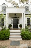 Những điều cần lưu ý khi bố trí cửa chính của ngôi nhà theo phong thủy